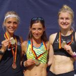 Jana Sussmann, Mona Stockhecke und Agata Strausa vom LT Haspa Marathon Hamburg siegten bei den Deutschen Straßenlauf-Meisterschaften über 10 Kilometer in Hamburg in der Teamwertung.