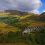 Für eingefleischte Harry-Potter-Fans ein Muss bei einer Schottland-Reise: Das Glenfinnan Viaduct taucht gleich in mehreren Filmen auf.
