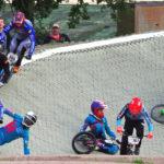 Sturzfestival: Im Finallauf bei den Männern stürzten einige der Titelfavoriten in der ersten Kurve. Davon profitierte Fabian Otto (Nr. 310).
