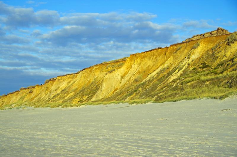 Das Rote Kliff am Strand vor Kampen auf der Insel Sylt.