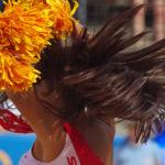 Im Tennisstadion am Hamburger Rothenbaum finden die Beachvolleyball FIVB World Tour Finals 2017 statt. Auftritt einer Cheerleaderinnen-Gruppe während einer Spielunterbrechung.