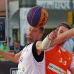 """Deutsche Meisterschaften im 3x3-Streetbasketball in Hamburg. Ex-Fußballprofi Ivan Klasnic trat im Rahmen eines Benefizspiels für das Team """"Nestwerk"""" an."""